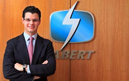 O diretor-geral do SBT em Brasília, foi reeleito, por unanimidade, presidente da Associação Brasileira de Emissoras de Rádio e Televisão (Abert) para o biênio 2014-2016.