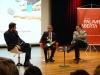 Atentos à fala de Ayres Britto, os professores do Insper Fernando Schüler (E) e Carlos Melo (D)
