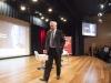 Mario Vargas Llosa sai aplaudido pelo público
